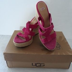 """UggUgg """"Tawnie"""" Suede Leather Wedge Sandals size 8"""